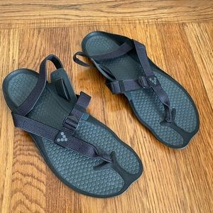 (900) Vivobarefoot Eclipse Black